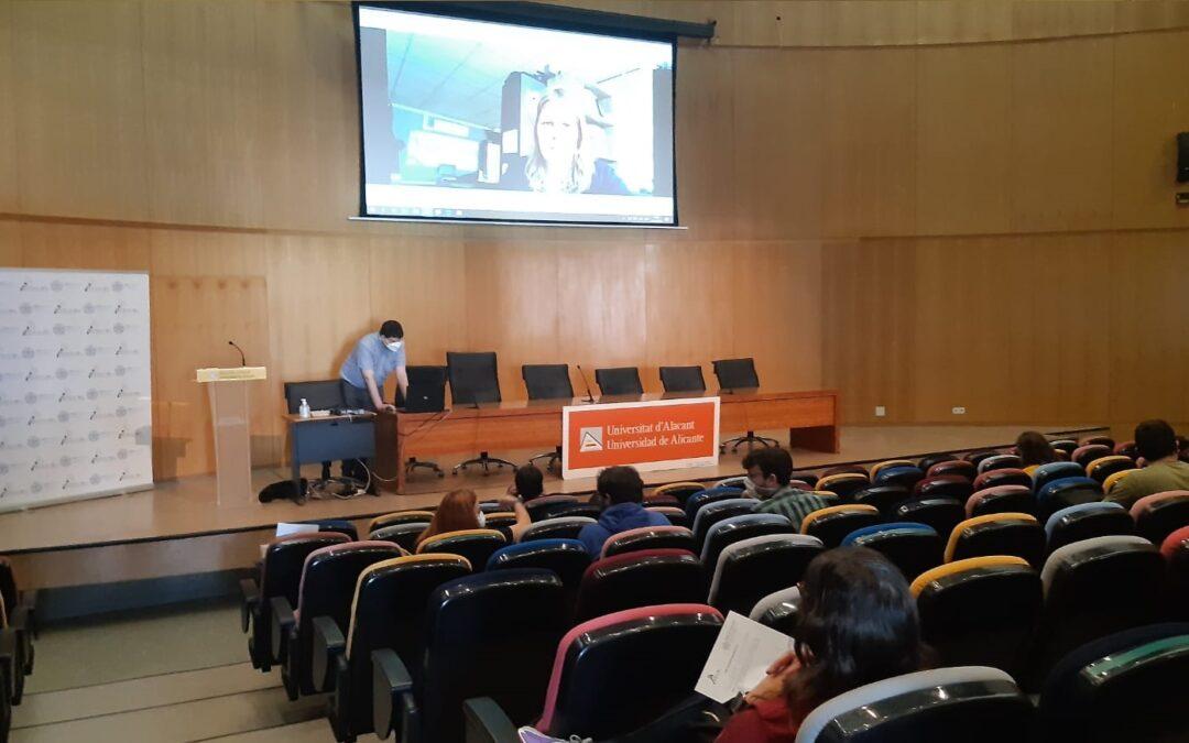 """Así fue el """"Día de la Profesión del Teleco"""" en la EPS de la Universidad de Alicante"""